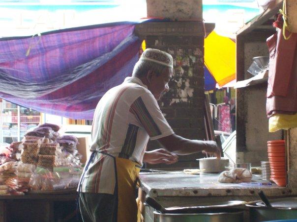 Roti Canai in action, Kota Bharu Daytime Market