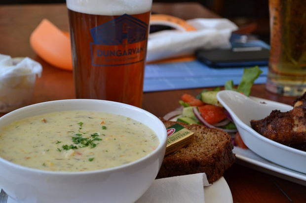 Scrummy fish chowder & zingy chicken wings at The Moorings